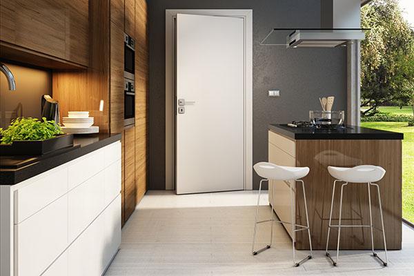 Bílé interiérové dveře
