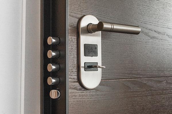 bezpečnostní dveře stellacz